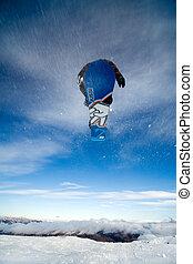 スノーボーダー, によって, 跳躍