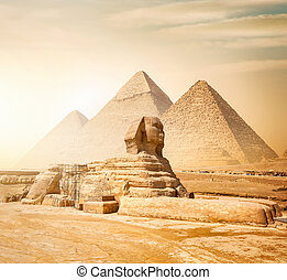 スフィンクス, ピラミッド