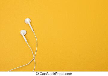 スペース, テキスト, 黄色の背景, 白, イヤホーン