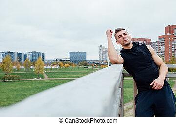 スポーツ, city., フィットしなさい, 運動選手, フィットネス, に対して, 外, park., ポーズを取る, model., 秋, マレ, 背景, 人