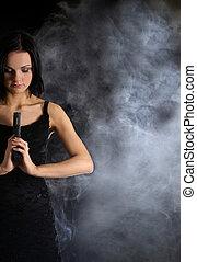 セクシー, 武器, 女, 煙が多い, 背景