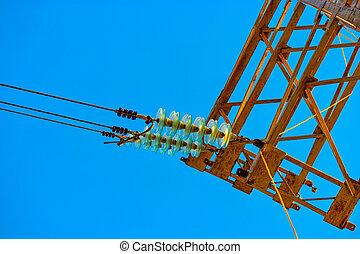 セット, insulators, 力, 細部, 高く, ガラス, 電気である, 電圧, タワー