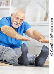 セラピスト, シニア, 練習, 彼の, 患者, 健康診断