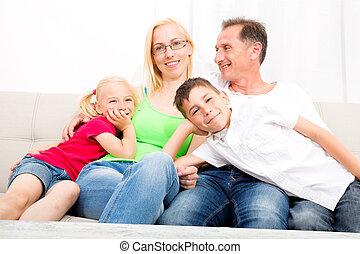 ソファー, 幸せな家族