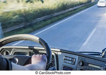 タクシー, 間, トラックの運転
