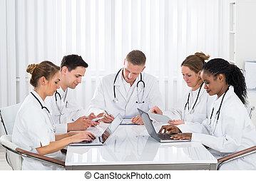 タブレット, ラップトップ, 医者, デジタル, 使うこと, 病院