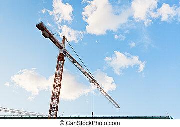 タワークレーン, 下に, 青い空