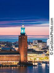 タワー, たそがれ, 日没, hall., 有名, ストックホルム, 夕闇, 目的地, lights., 都市, sweden., 景色, 夕方, 人気が高い, ストックホルム, lighting.