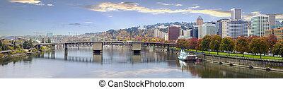 ダウンタウンに, 橋, スカイライン, ポートランド, オレゴン