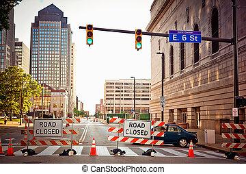 ダウンタウンに, cleverland, 道は 印を 閉めた