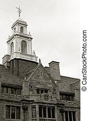 ダベンポート, 大学, タワー