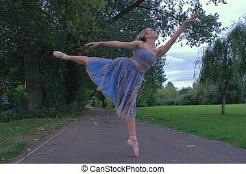 ダンス, 公園