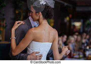 ダンス, 最初に, 結婚式