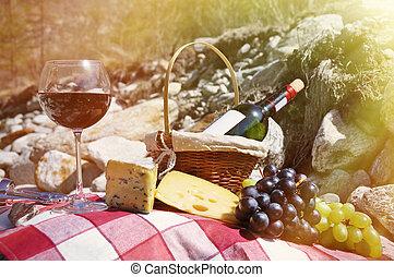 チーズ, picnic., ブドウ, ワイン, サービスされた, verzasca, 谷, 赤