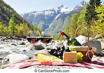 チーズ, picnic., ワイン, ブドウ, スイス, サービスされた, verzasca, 谷, 赤