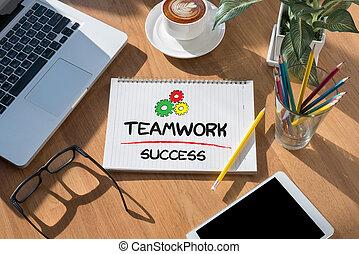 チームワーク, 成功
