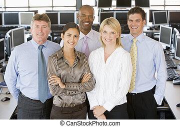 チーム, の, 株式業者