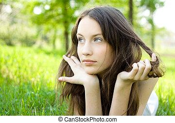 ティーネージャー, ブルネット, 牧草地, 女の子, 若い