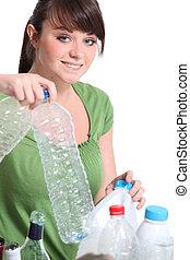 ティーンエージャーの, リサイクル, 分類, 女の子