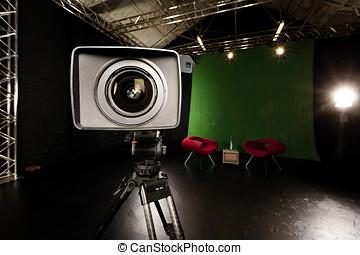テレビカメラ, レンズ, 中に, 緑, スクリーン, スタジオ