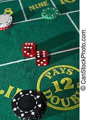 テーブル, サイコロ賭博