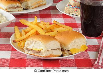 テーブル, ピクニック, チーズバーガー