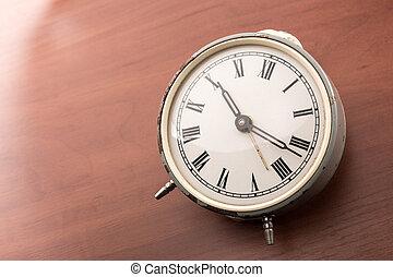 テーブル, 時計, 警報