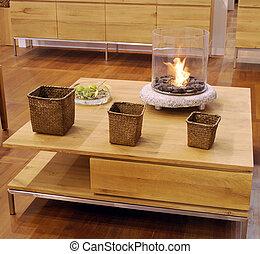 テーブル, 木製である