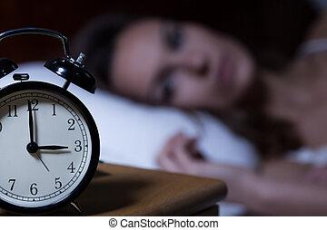 テーブル, 目覚し 時計, 夜