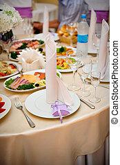 テーブル, 給仕, お祝い, レストラン