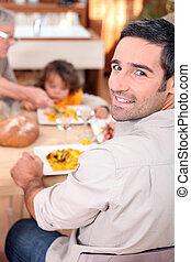 テーブル, 集まった, のまわり, 家族, 台所