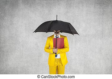 データ, ∥守る∥, ビジネスマン, 傘, 下に