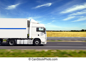 トラック, 貨物