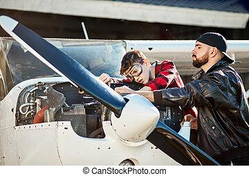 トラブルシューテ-ィング, 息子, 小さい, 航空機, 飛行機, プロペラ, 作成, マレ, エンジニア