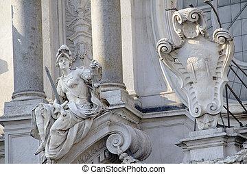 トリノ, 彫像
