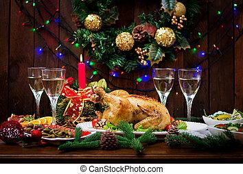 トルコ, 金ピカ物, 焼かれた, candles., ∥あるいは∥, chicken., 明るい, 鶏, 夕食。, テーブル, サービスされた, 飾られる, 揚げられている, テーブル。, christmas シチメンチョウ