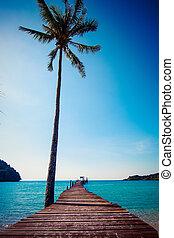 トロピカル, resort., 板張り遊歩道, 上に, 浜