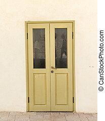 ドア, 黄色