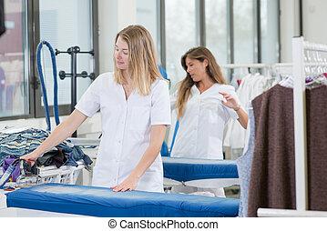 ドライクリーニング屋, 女性, 2, 仕事