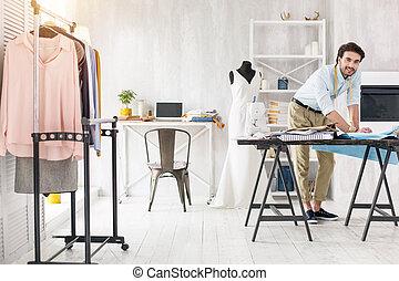 ドレスメーカー, 促される, 服, 新しい, 作成