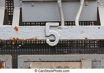 ナンバー5, (5)