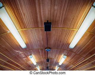 ネオンライト, 屋根, 列車