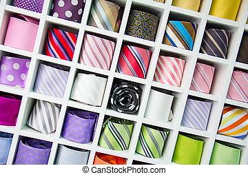 ネクタイ, 絹