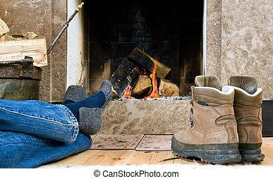 ハイカー, 休む, 暖炉