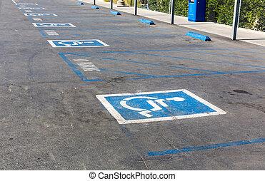 ハンディキャップ, シンボル, 駐車スペース