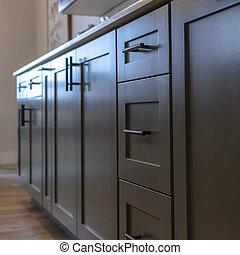 ハンドル, cabinetry, 美しい, 白, 広場, 下に, 引き出し, countertop, 黒