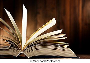 ハードカバーの 本, 構成, テーブル