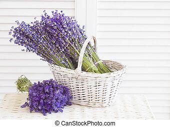 バスケット, ∥で∥, a, lavender.