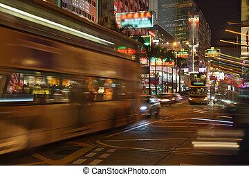 バス, 夜
