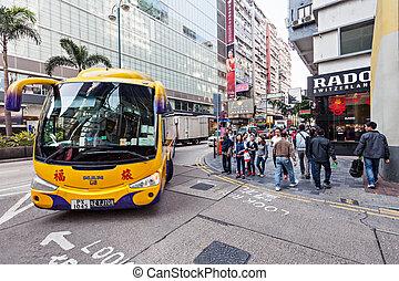 バス, 香港